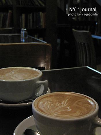 cafe_elliottbay.jpg